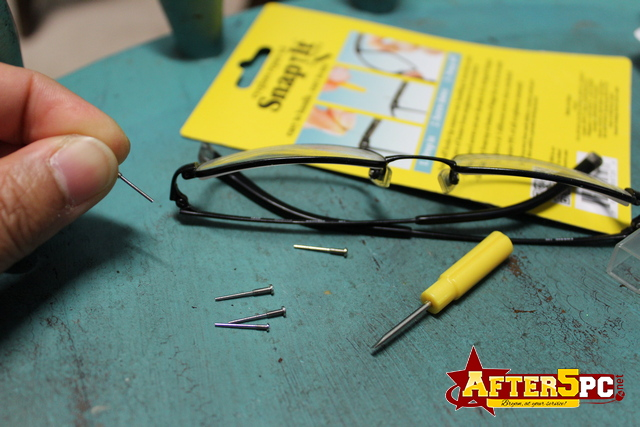Snapit EyeGlass Repair Kit, With Long Easy Fit Screws And Micro Screwdriver. Perfect For Fixing Sunglasses, Spectacles, Glasses And Reading Glasses. Used By Opticians